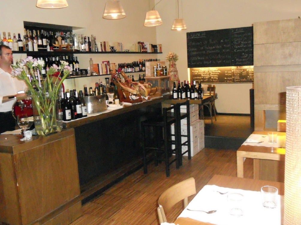 Settembrini wine bar in Rome